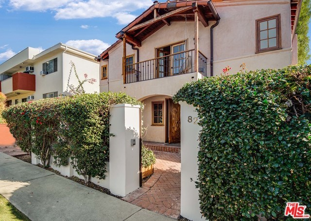 828 Westbourne Drive West Hollywood, CA 90069