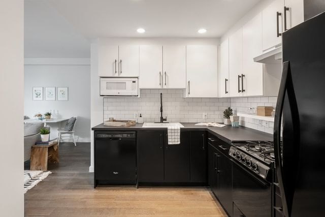 16-26 Madison Street, Unit 5D Queens, NY 11385