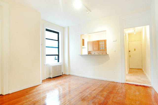 332 East 67th Street, Unit 21 Image #1