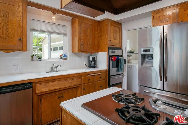 10772 Deliban Street Tujunga, CA 91042
