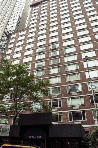 130 West 67th Street, Unit 8F Image #1