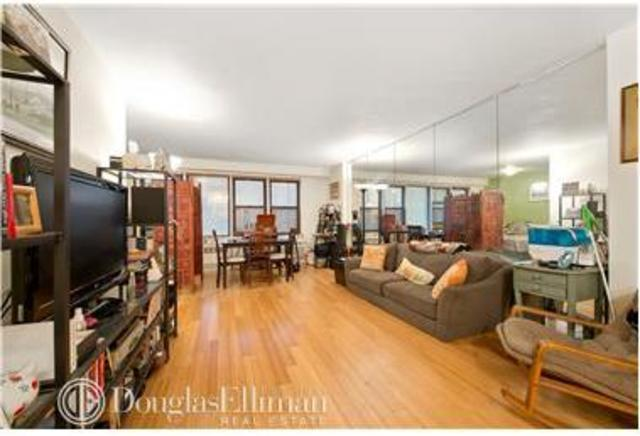 220 East 54th Street, Unit 4G Image #1