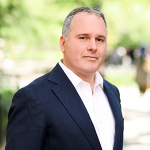 Todd Vitolo, Agent in NYC - Compass