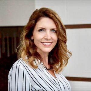 Lisa Hall, Agent in Austin - Compass