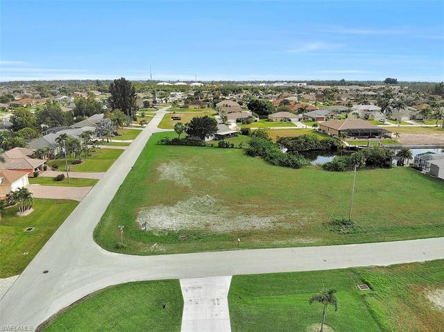 2630 Southwest 32nd Lane Cape Coral, FL 33914