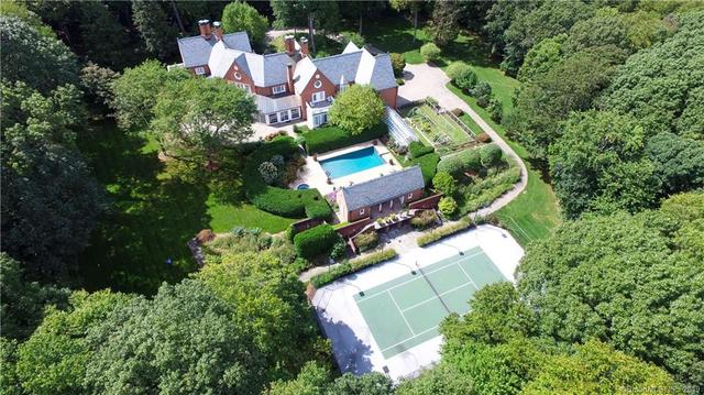 76 Turtle Back Lane West New Canaan, CT 06840