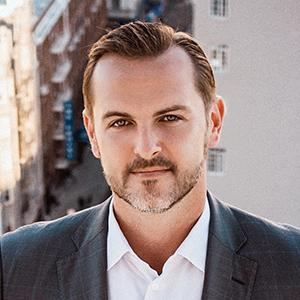 Headshot of Alex Kiren