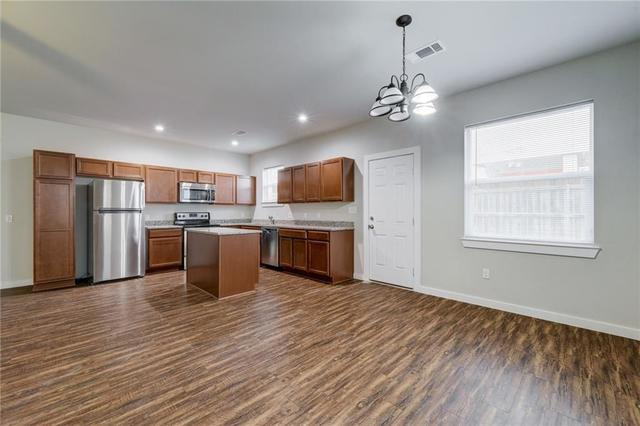 906 Quartz Court, Unit 301 Cedar Park, TX 78613