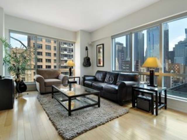 350 West 42nd Street, Unit 18F Image #1