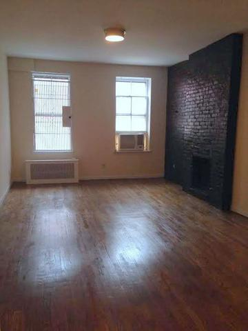 116 East 11th Street, Unit 2B Image #1
