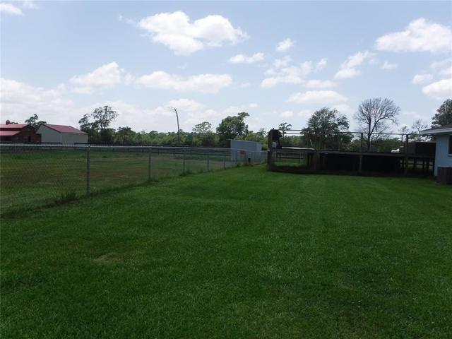 14326 Dubois Road Beaumont, TX 77705