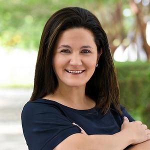 Jessica Jara,                       Agent in Miami - Compass