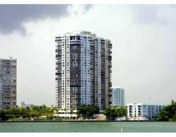 2333 Brickell Avenue, Unit 1215 Image #1