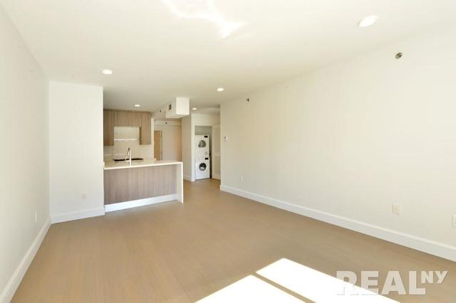 311 West 50th Street, Unit 4G Image #1
