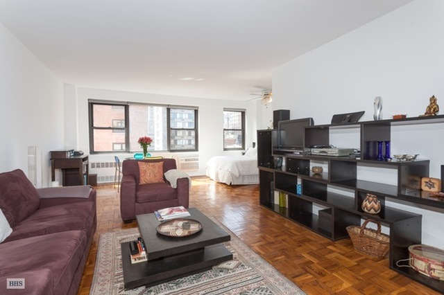 405 East 63rd Street, Unit 8G Image #1