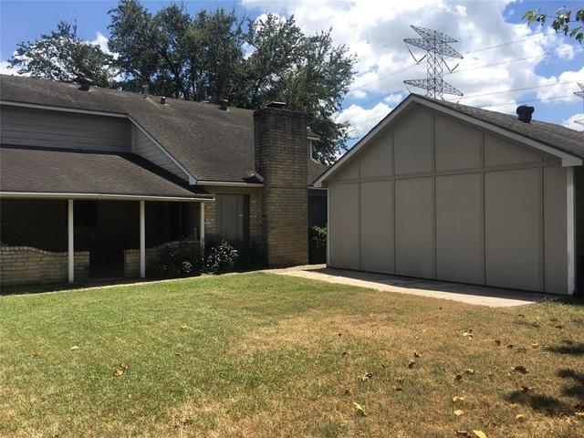 11503 Breezy Knoll Drive Houston, TX 77064
