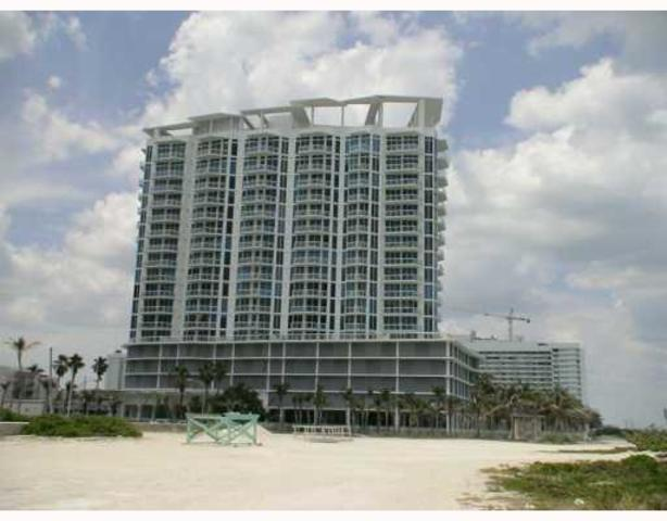 6515 Collins Avenue, Unit 806 Image #1