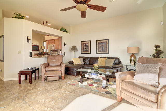 13606 North Cambria Drive, Unit 208 Fountain Hills, AZ 85268