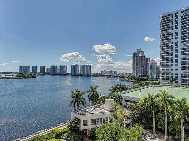 3600 Mystic Pointe Drive, Unit 803 Image #1