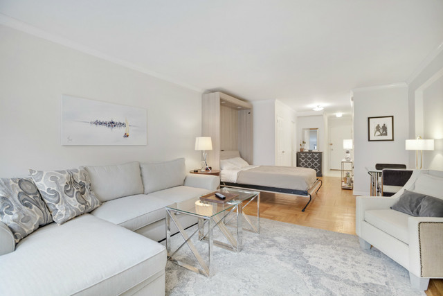 420 East 55th Street, Unit 10T Image #1