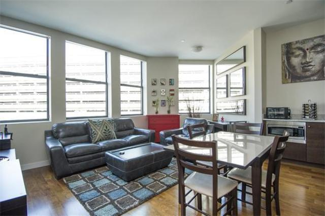 285 Columbus Avenue, Unit 303 Image #1