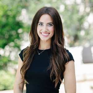 Kate Paulino, Agent in Los Angeles - Compass
