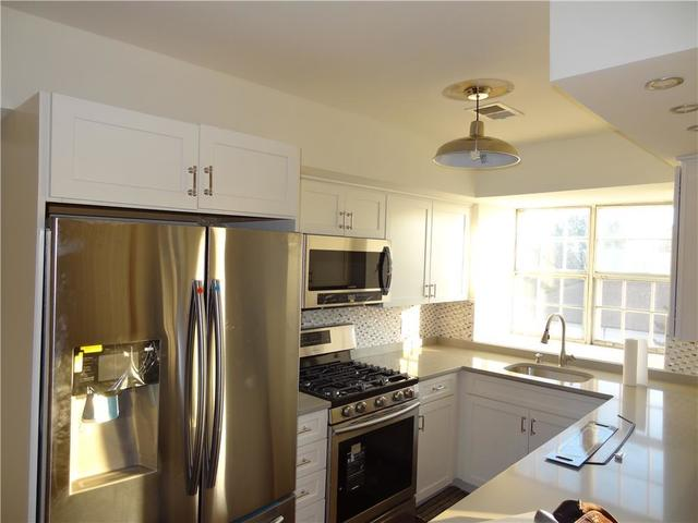 85 Elmwood Park Drive, Unit 65 Image #1