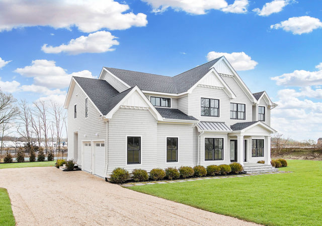 44 South Bay Avenue East Quogue, NY 11941