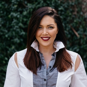 Katie Bader,                       Agent in Dallas-Fort Worth - Compass