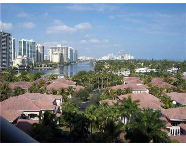 19380 Collins Avenue, Unit 922 Image #1