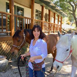 Deborah Capogrosso-Roth,                     Agent in Los Angeles - Compass