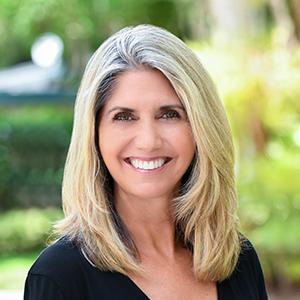 Anna Quintal, Agent in Miami - Compass