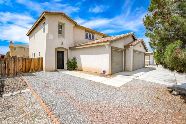 10523 Lee Avenue Adelanto, CA 92301
