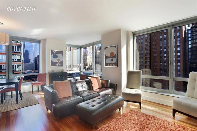30 West Street, Unit 14B Image #1