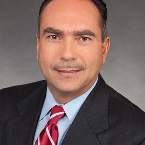 Arnoldo Diaz,                     Agent in San Francisco - Compass