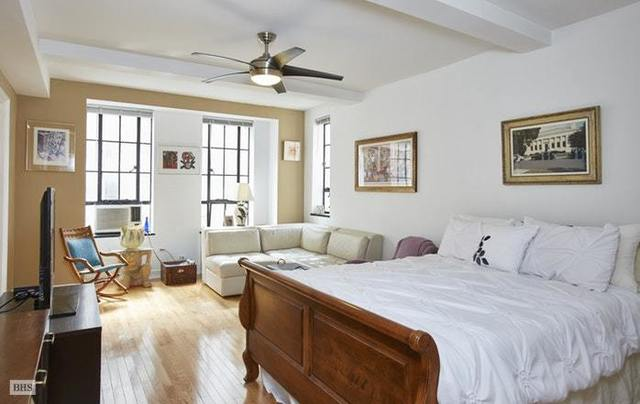 340 West 57th Street, Unit 4H Image #1