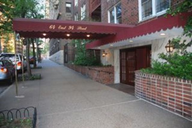 64 East 94th Street, Unit 4G Image #1