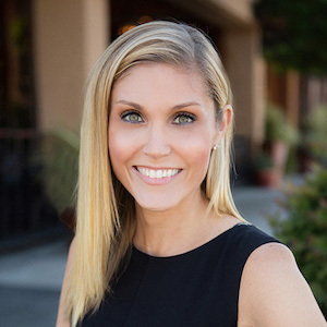Christina Siwek,                     Agent in Seattle - Compass