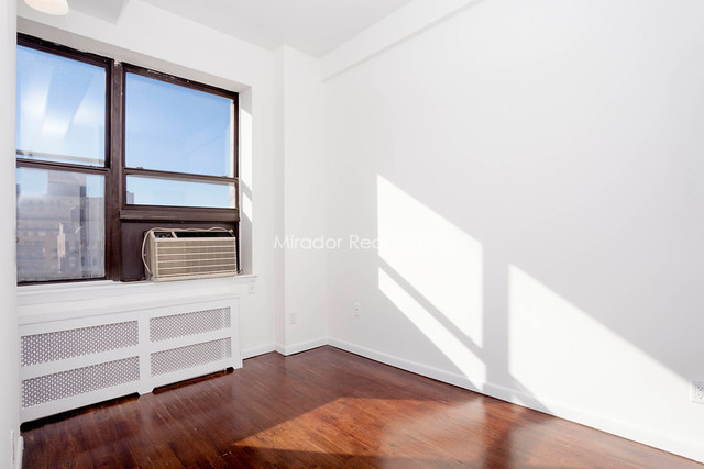 43 West 16th Street, Unit 9A Image #1