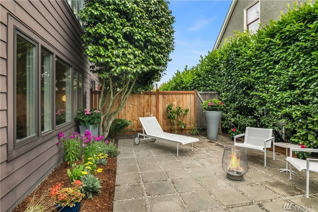 1519 5th Avenue West, Unit 2 Seattle, WA 98119