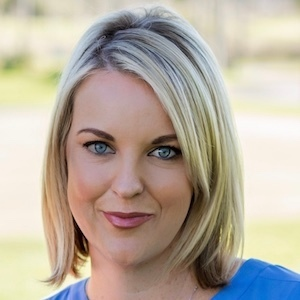Ashley Constans,                     Agent in San Diego - Compass
