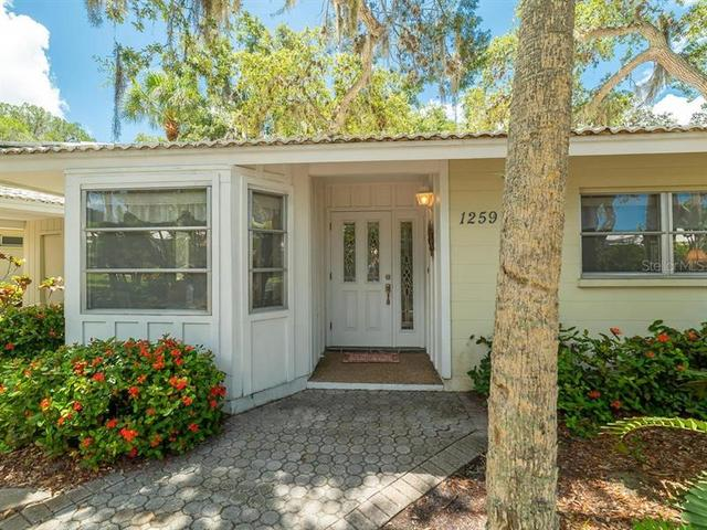 1259 Moonmist Circle, Unit P3 Sarasota, FL 34242