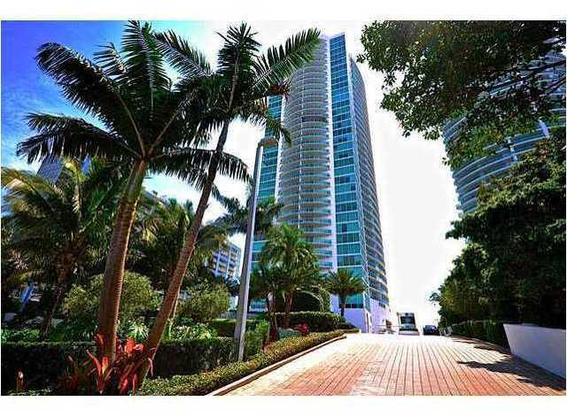 2101 Brickell Avenue, Unit 2103 Image #1