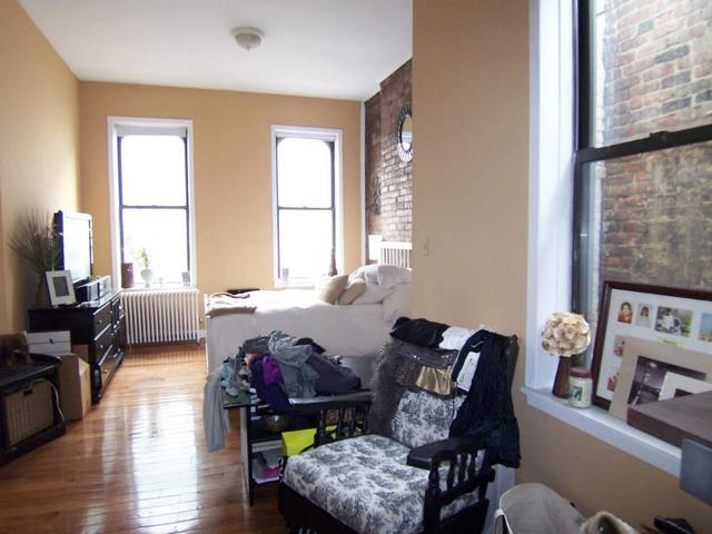 262 West 22nd Street, Unit 13 Image #1