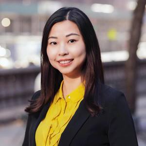 Katocui Chen,                       Agent in NYC - Compass
