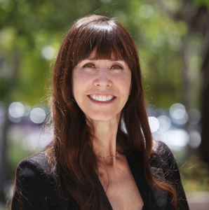 Joyce Manocchia, Agent in Los Angeles - Compass