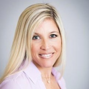 Amy Deming Simkins,                     Agent in San Francisco - Compass