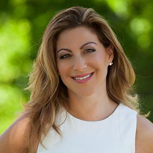 Reyna Rosenshein,                     Agent in Miami - Compass