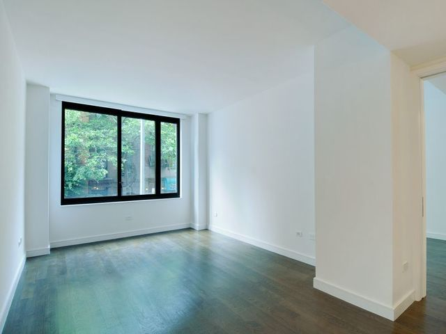 211 East 13th Street, Unit 2H Image #1