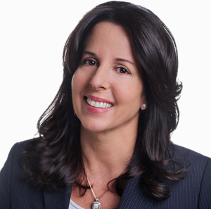 Julie Hoffman,                       Agent in NYC - Compass
